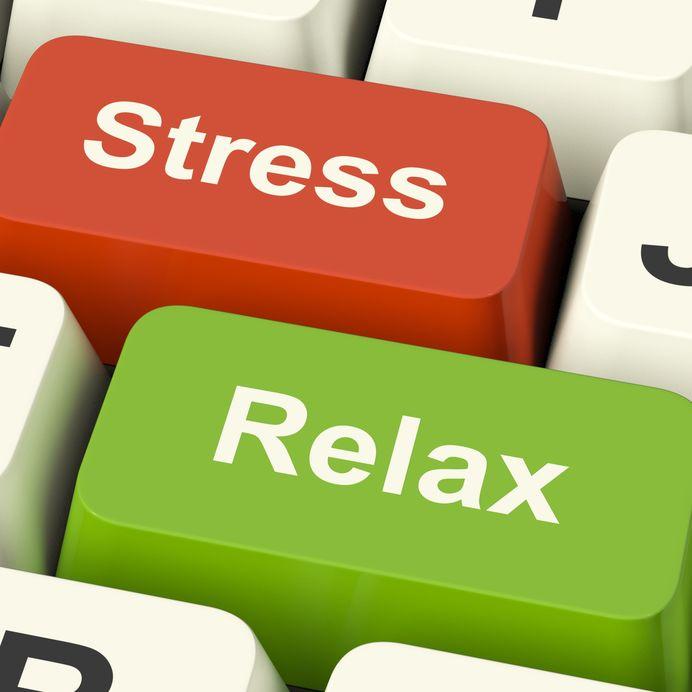 איך להירגע מלחץ בעבודה - סדנת האונליין להתמודדות עם לחץ של לירון פורת
