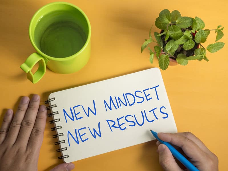הרצאות מוטיבציה והרצאות מעוררות השראה - הכל מתחיל בראש
